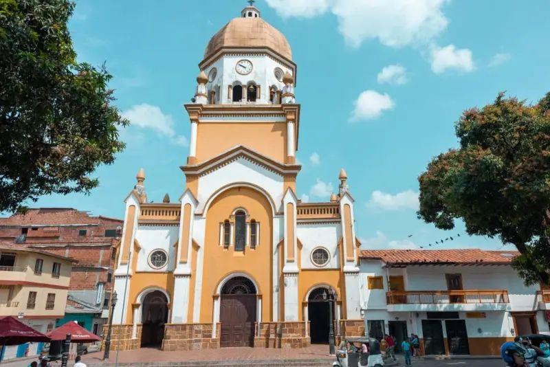 Foto de una iglesia de la localidad